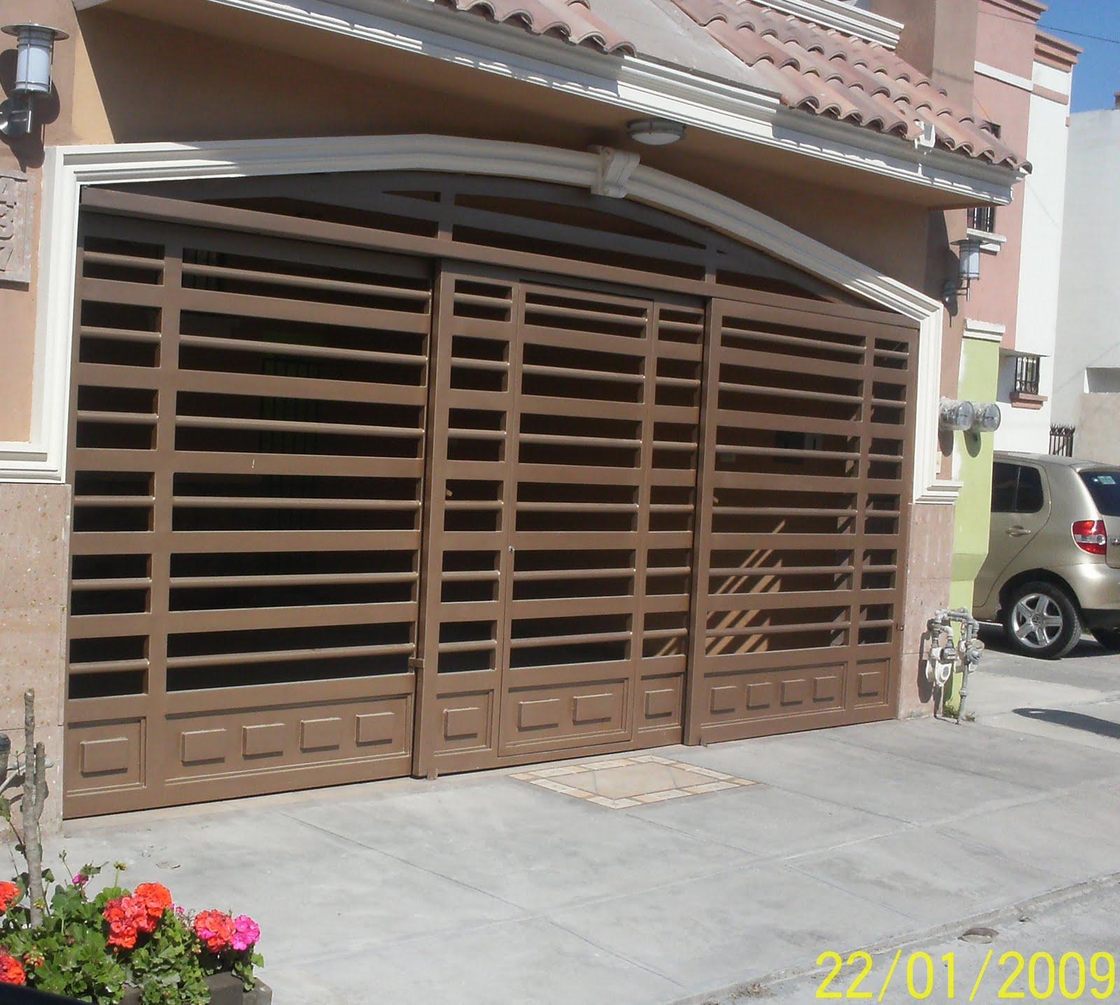 Portones hierro y madera for Escaleras caracol sodimac