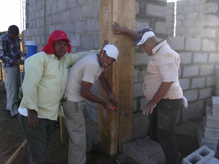 CONSTRUCCIÓN DE LA ANTENA