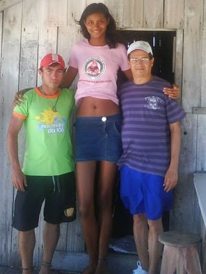 tallest woman in world. The oldest and tallest woman