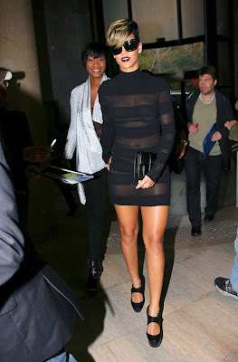Rihanna in Black Dress pics