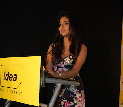 Actress Shriya at idea mobile show photos
