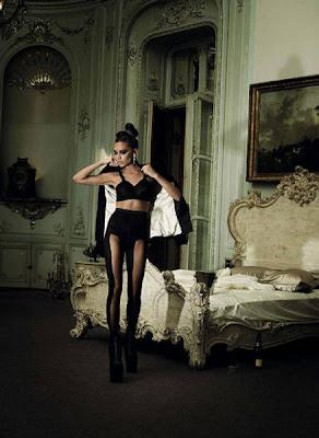 Victoria Beckham on Harper's Bazaar Magazine December 2009 pics