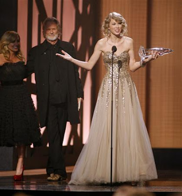 Taylor Swift At BMI Country Awards image