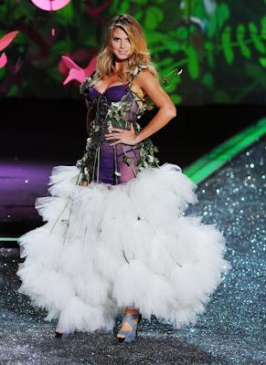 Victoria's Secret fashion show 2009 photo
