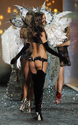 Victoria's Secret fashion show 2009 nude pics