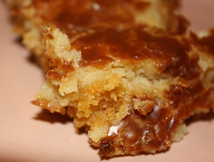 Crack An Egg: Paula Deen's Gooey Butter Cake