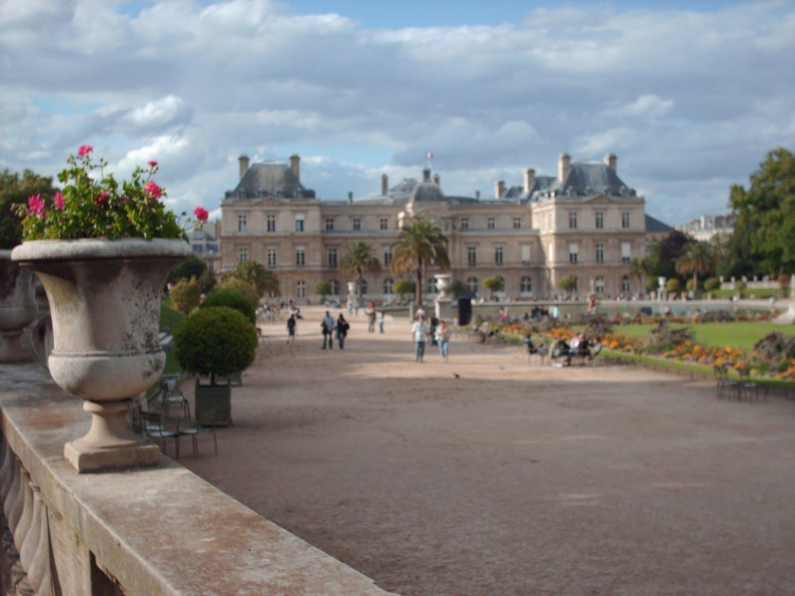 Paris au mois de mai 7 par s en el mes de mayo 7 la for Aller au jardin du luxembourg