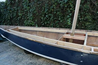 Construcción de un pequeño velero 09.2010%2B052