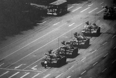Las fotos de la historia: El hombre del tanque de Tiananmen