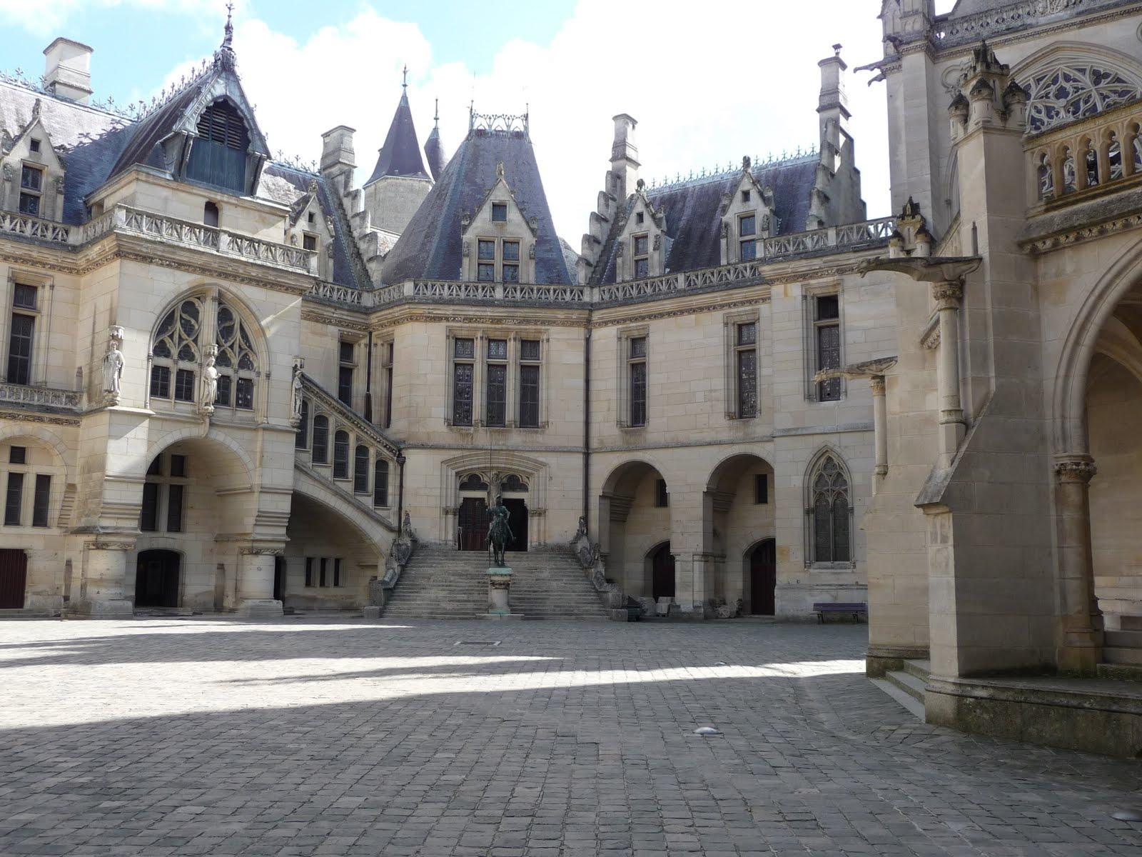 four for france château de pierrefonds