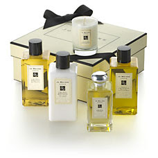 Jo Malone, Jo Malone gift sets, Jo Malone Sensual Bath Trio, Jo Malone Sumptuous Skin Set, candle, bath oil, Jo Malone Lime Basil & Mandarin, cologne, perfume, fragrance, gift set, great Mother's Day gifts, gifts for moms