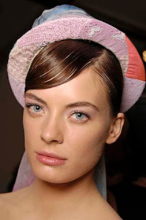 Chanel, fashion show, pastel makeup, makeup, pastel, Resort 2009