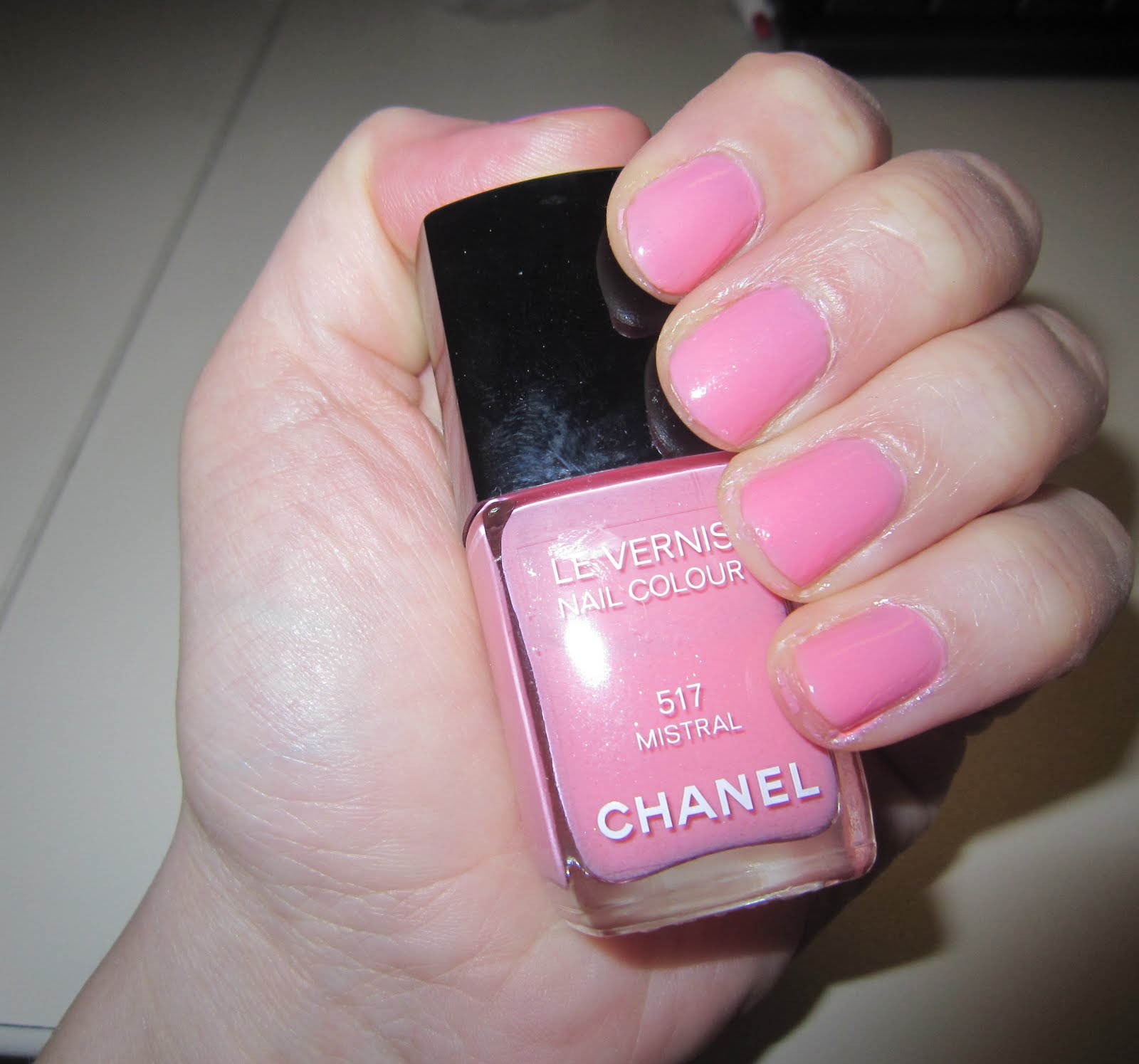 The Beauty of Life: Mani of the Week: Chanel Le Vernis Nail Colour ...