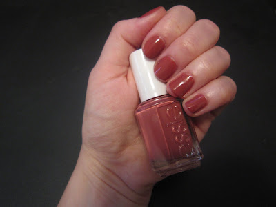 Essie, Essie nail polish, Essie Fall 2010 Collection, Essie In Stitches, nail, nails, nail polish, polish, lacquer, nail lacquer, mani, manicure