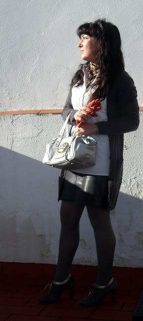outfit-con-falda-de-susu