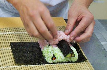 [obama-sushi-car.jpg]