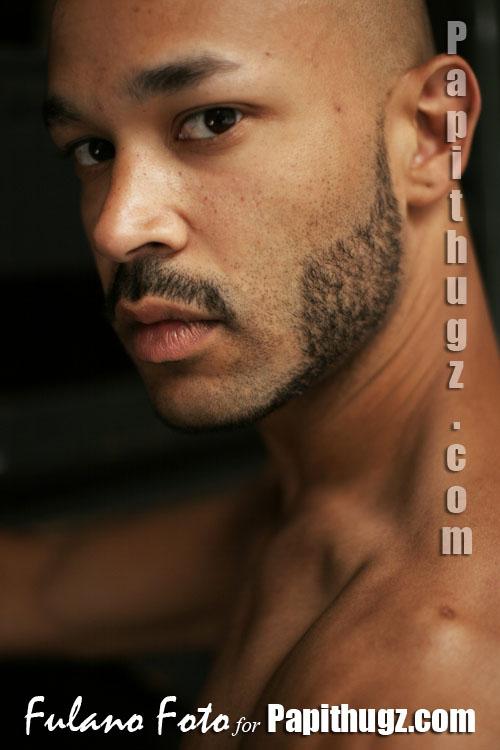 muscle black man at PapiThugz by Fulano Foto