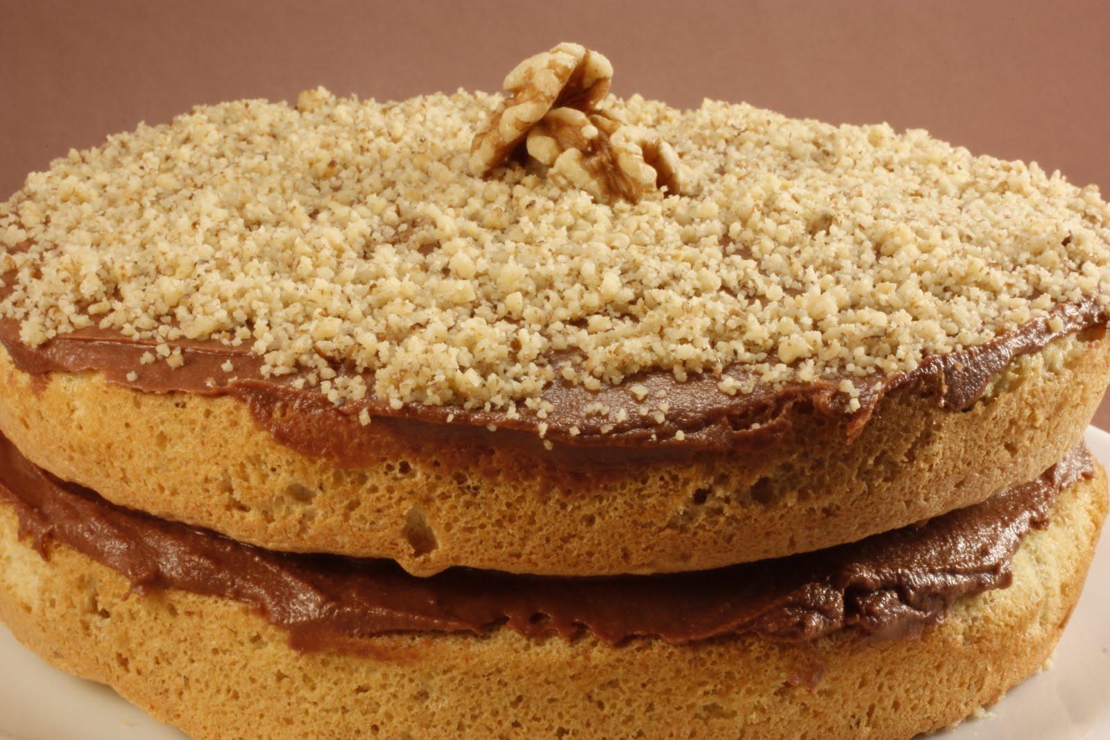 Chef Chuck's Cucina: Chef Chuck's Walnut Cake