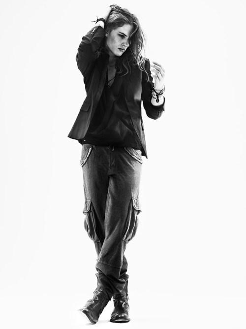 Ficha de Angel Delacroix Viggo-Jonasson-Peter-Gehrke-Homotography-7