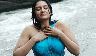 Viamala Raman in a Wet Saree, Playing in Water