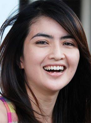 Informasi Terbaru: ida ayu kadek devi