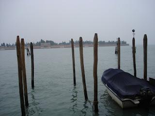 Сваи - часть венецианского пейзажа