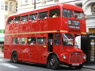 Лондон. Автобусы роутмастер
