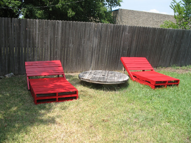 7red Clever things to do with Pallets