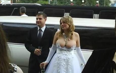 http://1.bp.blogspot.com/_BPfMsBhpr6o/SxPjEWTmryI/AAAAAAAAAXA/ASiOSdMiF90/s1600/a+couple+of+lovelies.jpg