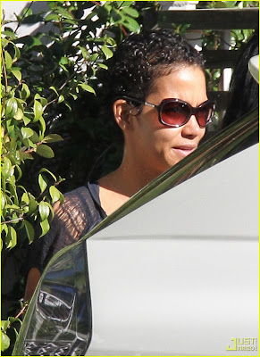 New Hairstyle Photo by Halle Berry