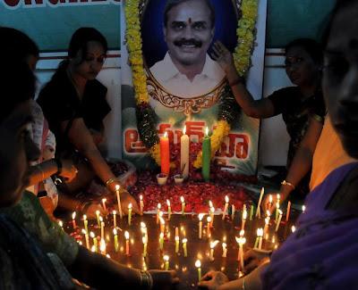 Y S Rajasekhara Reddy Death Photos