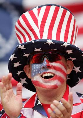 http://1.bp.blogspot.com/_BRoF0Cfublo/S531ZWjcioI/AAAAAAAAR80/C5EUFI3tghM/s400/World+Cup+2010+Fans+Photos+9.jpg