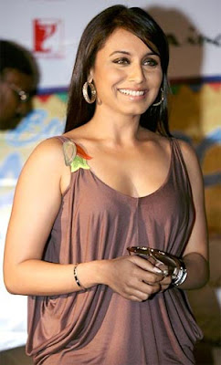 Bollywood Actress & Her Cute Smile