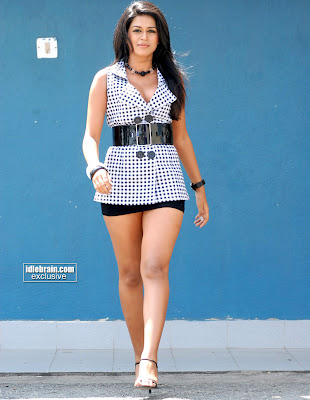 Sraddha Das Extreme Thigh Show Pictures