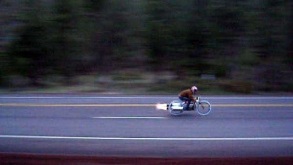 Xtreme Level Bikers: Sepeda Dengan Mesin Jet
