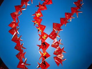 Homemade chinese new year decorations from angpow paper for Ang pow decoration