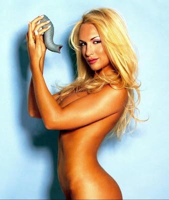Luciana Salazar hot, las mejores fotos!!