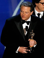 Al Gore receiving his Oscar in 2007