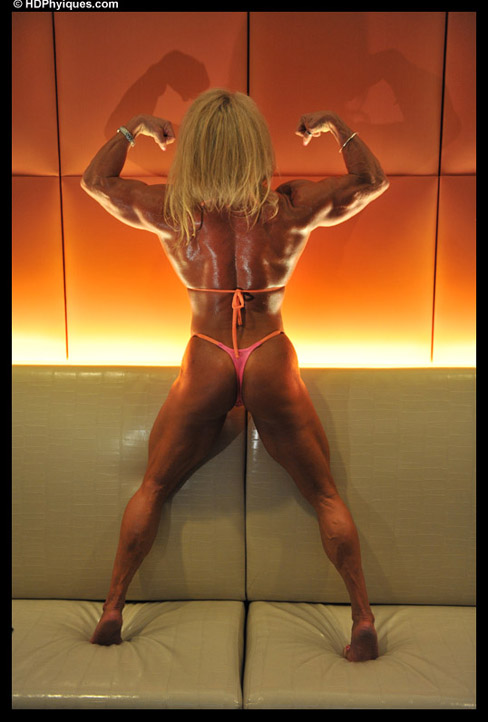 Wanda Moore Female Muscle Bodybuilder HDPhysiques