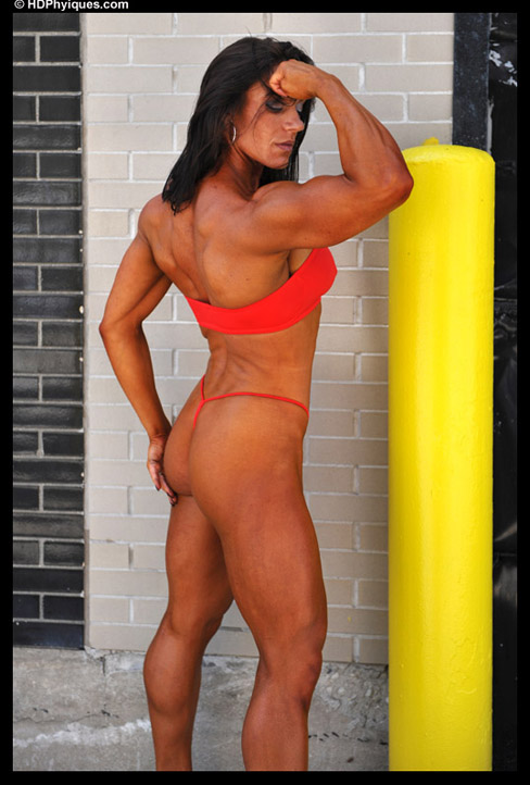 Andrea Giacomi Female Muscle Bodybuilder HDPhysiques