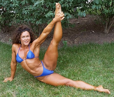 Lillian Sanpere Female Muscle Legs