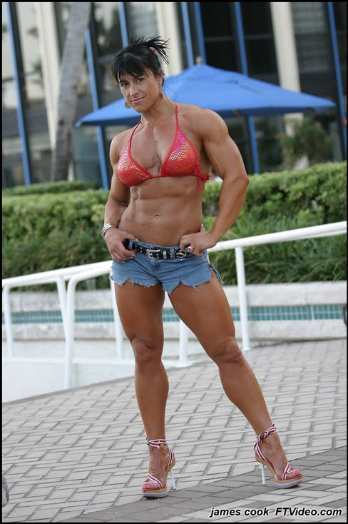Nursel Gurler Female Muscle Bodybuilder FTVideo