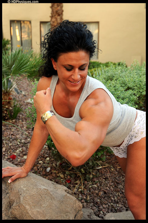 Lisa Moordigian Female Muscle Bodybuilder HDPhysiques