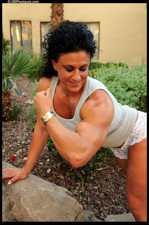 Lisa Moordigian Female Muscle Bodybuilder HDPhysiques