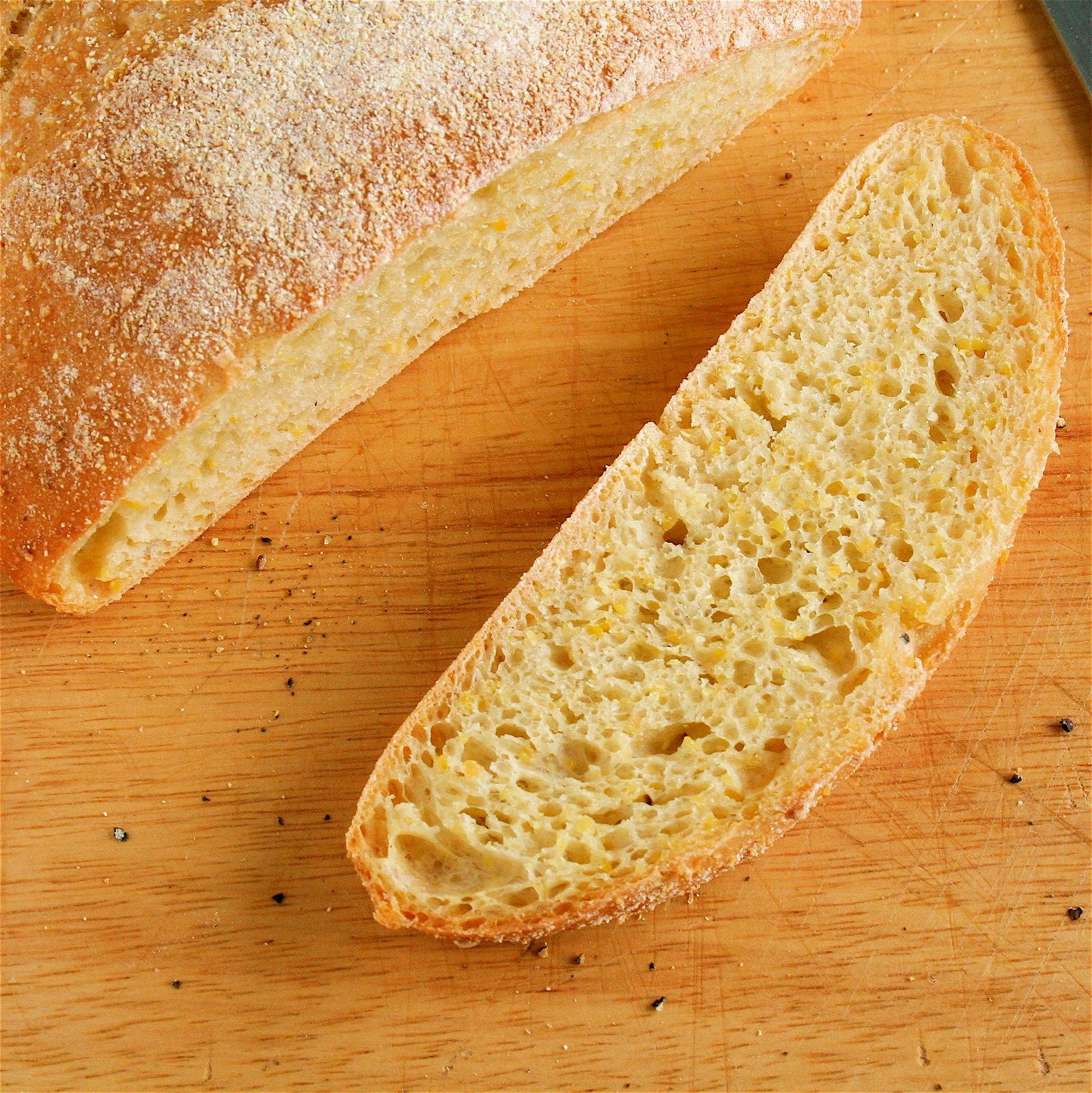 http://1.bp.blogspot.com/_BWRua5l70j4/SKjMIEpGHUI/AAAAAAAACOk/nvuNxpbiApo/s1600/Corn%2BBread%2BSliced.JPG