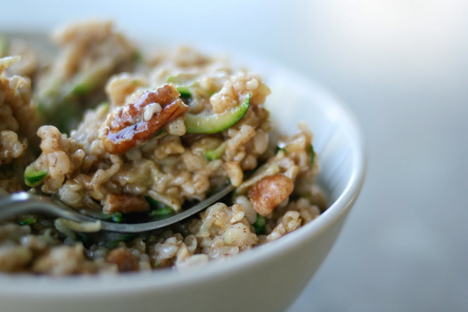 Une-deux senses: Zucchini Bread Oatmeal