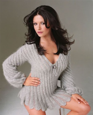 Selene Gill Catherine-zeta-jones-6
