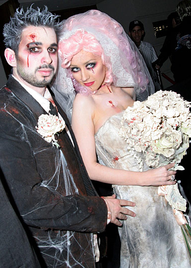 Christina-Aguilera-and-Jordan-Bratman-1006.jpg (385×540)