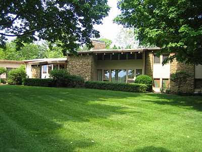 Mid century modern homes for sale real estate mid for Home builders in southern indiana