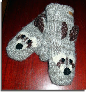 Racoon mitts